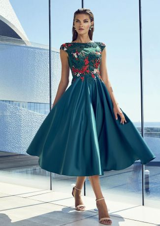 Vestido fiesta cuerpo bordado floral